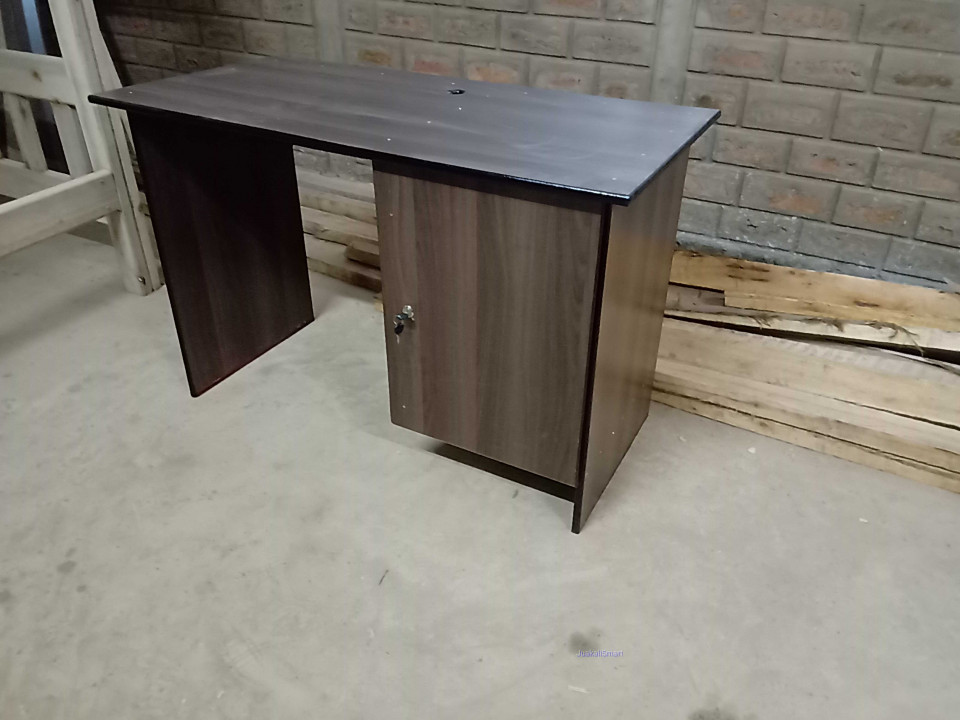 Office Desk_Work from home