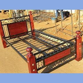 3.5*6 Steel Bed Wooden legs