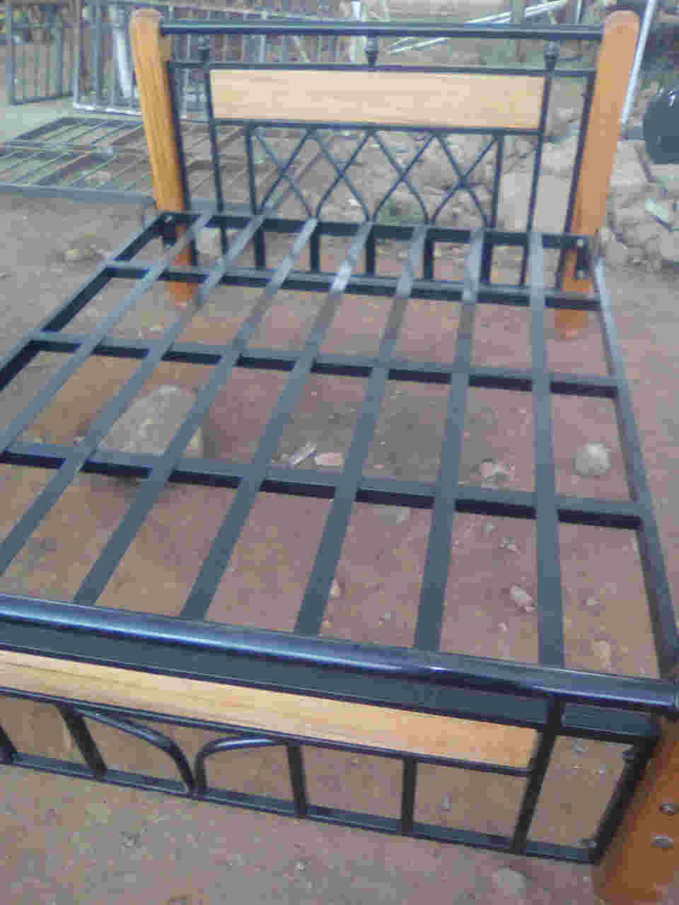 5*6 wood and metal bed